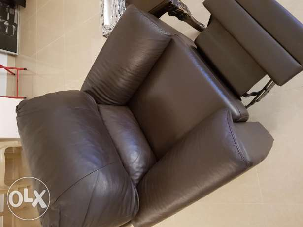 2 Brown Leather Chairs with Leg rest80
