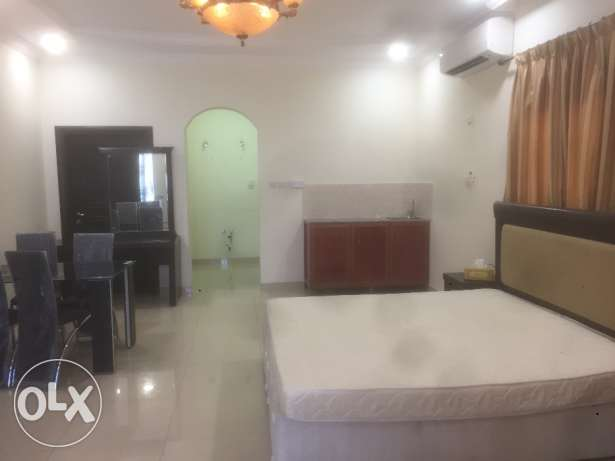 Studio available near tawar mall duheil.