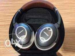 Bose Quiet Comfort - Noise Canceling Headphones (Limited Edition)