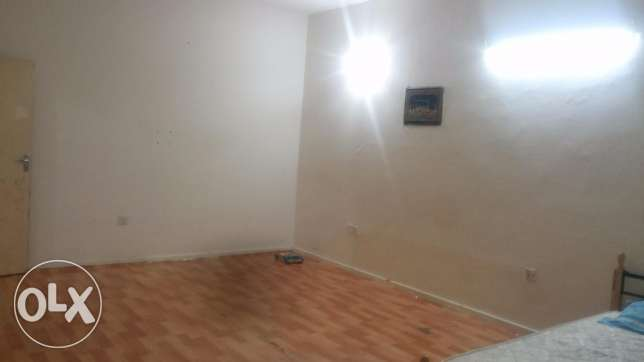 2 BIG BEDROOMS, 1 Full Bathroom & Kitchen Immediate Availabe for Rent