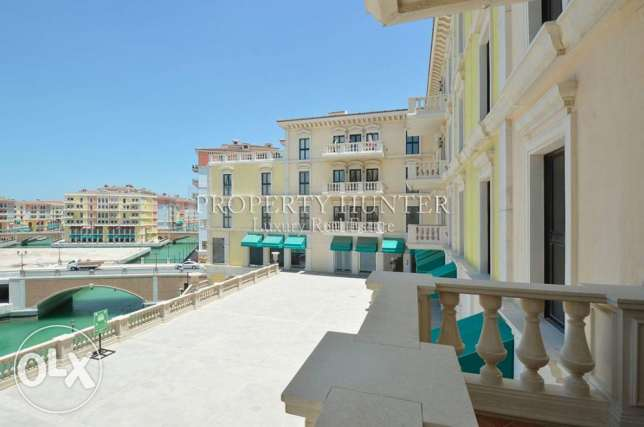 3 Bedrooms apartment with both sea & canal views الؤلؤة -قطر -  1
