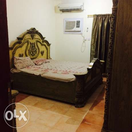 2 bhk fully furnished flat in old alghanim for family