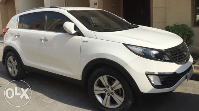 Sportage mod. 2011 moved 174000 all service in Agency ، license 5/2017