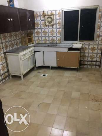 Now Available -- 03 bhk Flat Bin Omran