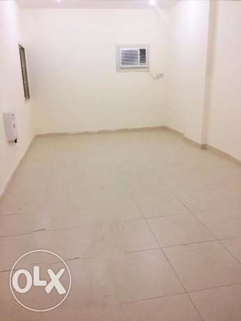 Un-Furnished 2-Bedroom Apartment in Al Muntazah