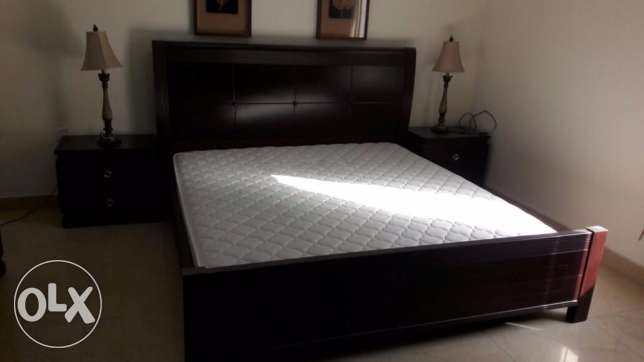 sell all kinds household items furniture-avalaval-bedroom set-call-