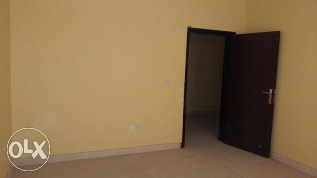 17 Furnished Rooms in Street 46 Grand mall side