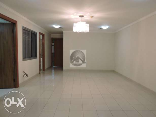 Modern and bright two bedroom apartment in Old airport المطار القديم -  2