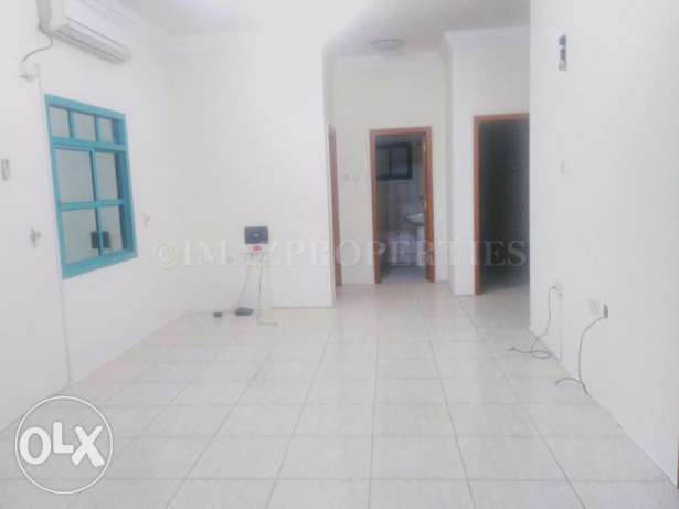 Unfurnished Flat with 2BHK For Rent المنتزه -  1