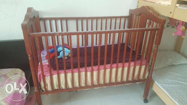 Baby Crib/ Baby Bed