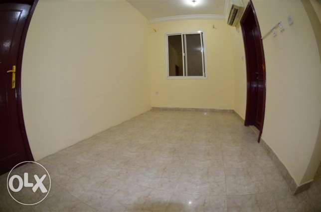 UF 1 BHK Villa Partition Available In AL HILALL