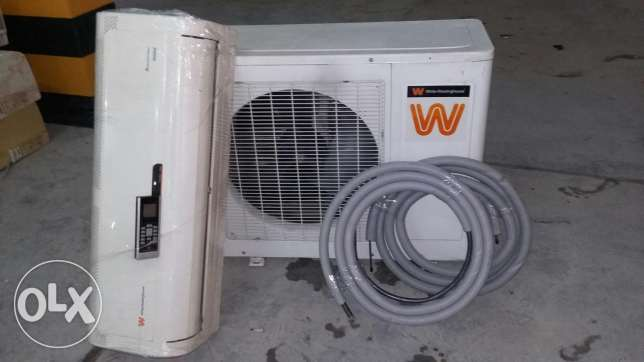 200 No's 8 month used white westing house split ac الخور -  1