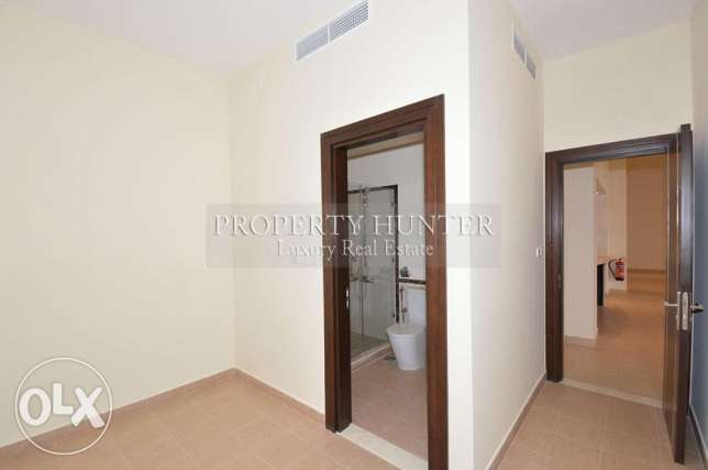 For sale 3 bed duplex in Qanat Quartier الؤلؤة -قطر -  6
