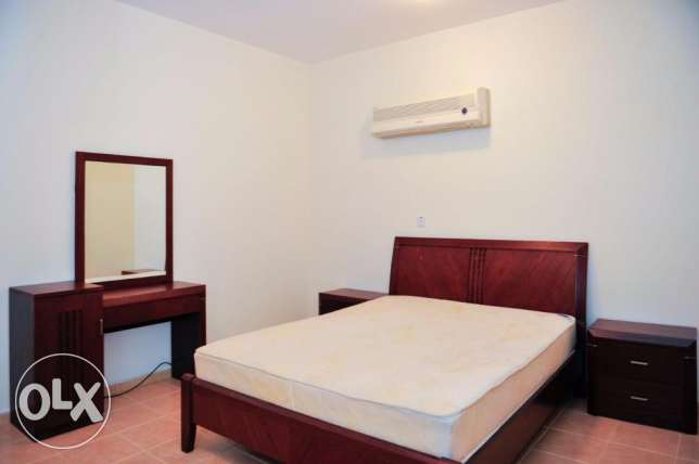 Fully-Furnished 1-Bedroom Flat in [Bin Mahmoud] فريج بن محمود -  1
