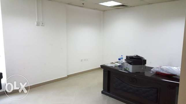 Office Space for 6000/=