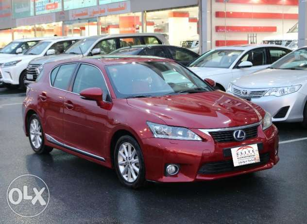 Lexus -CT200h Model 2011