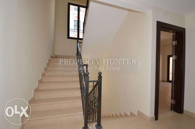 For sale 3 bed duplex in Qanat Quartier الؤلؤة -قطر -  8