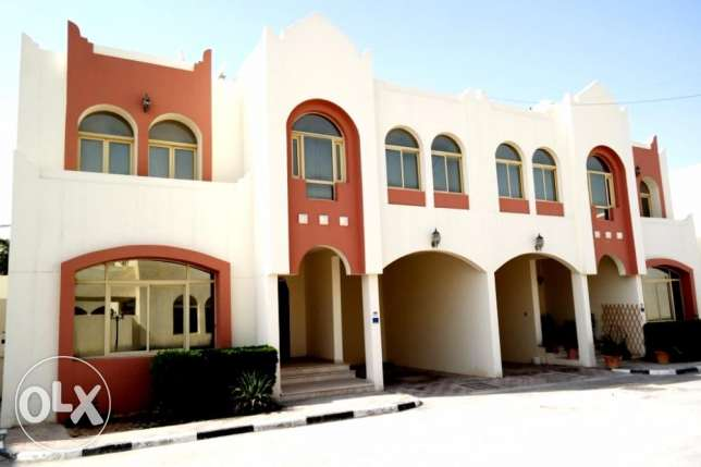 no commission..f/f 3 bedroom+maid room compound villa at aziziyah
