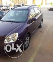 Kia careens 2007model - 47000k- as anew car