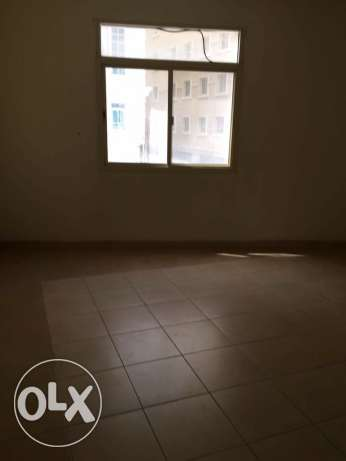 Semi Furnished 1-BR Flat in AL Sadd السد -  5