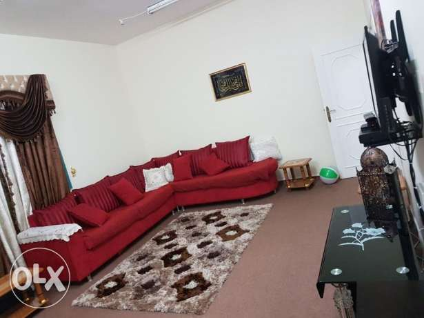Unfurnished 2BHK flat in old airport area/for family's or Qatar airway