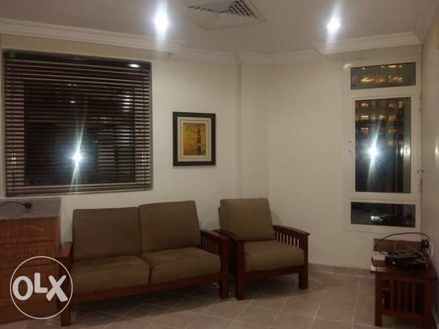 Fully Furnished 1 Bedroom Flat Near Move & Pick Hotel
