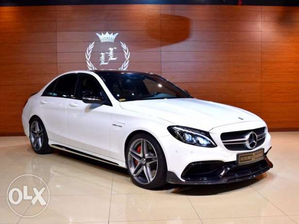 2016 Mercedes Benz C63 S AMG, Under warranty, ( Carbon Fiber Diffuser