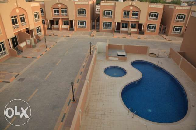 4bhk semi furnished villa in muraikh for family near frousiya R/A مريخ -  6