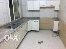 2 bhk flat bin omran:6400(W&E included)