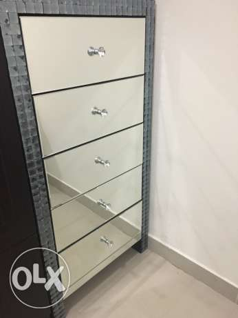 drawer with mirrors