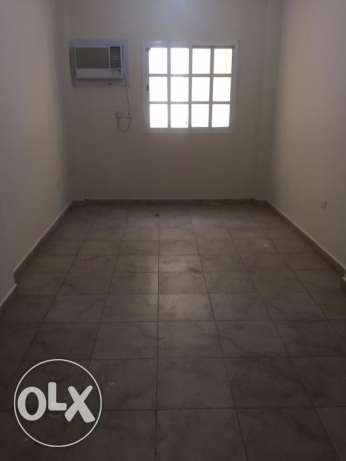 Roomz Available* 2 bhk flat Al Saad Family/Ex. Bachelors *