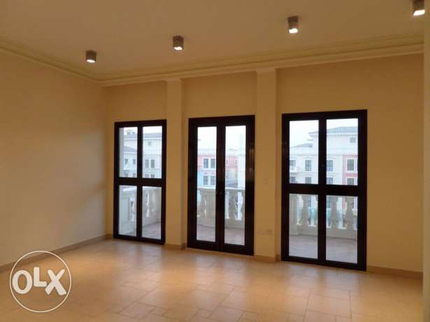 1 Bedroom Flat at Ground Floor In Qanat Quartier الؤلؤة -قطر -  5