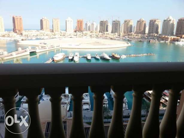 For rent beautiful one bedroom + maid f/f direct marina view