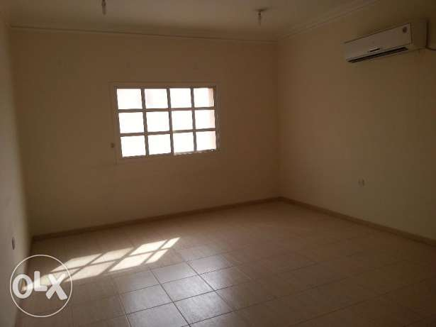 3BHK flat in Al-mansoura un furnished with A/C