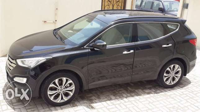 Santa-Fe 2014,V6,3.3L,AWD only 038500 km drived,7 Seats,Perfect Car.