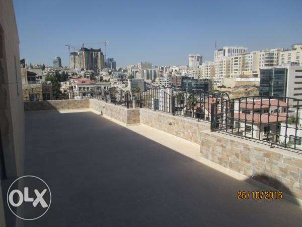 fully furnish specious 3beds,2baths deluxe apartment qar 2500 monthly الدوحة الجديدة -  2