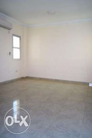 ladies staff accommodation..u/f 3 bedroom apartment at najma