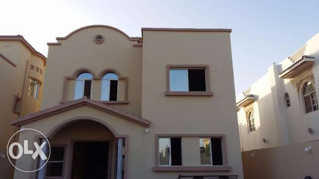 Brand New Standalone Maamoura 6B/R+Oute House maid+Driver Room المعمورة -  1