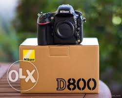 Nikon D800 with a kit lens 24-120 F.4 and UV Filter with the Boxes