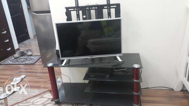 TV stand same as new