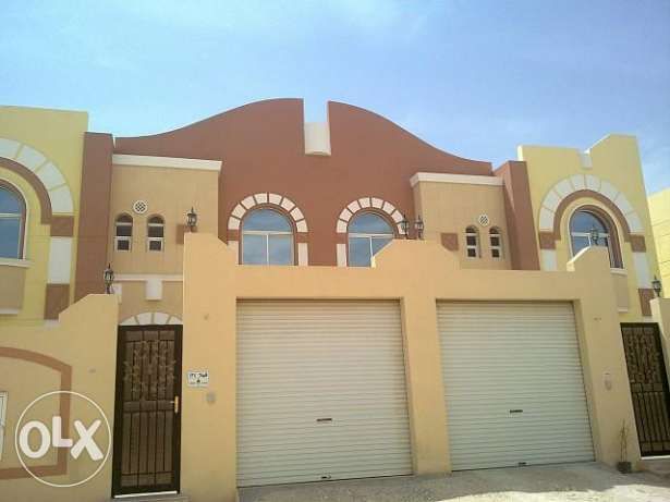 Brand New UNFURNISHED 1 Bedroom Villa Apartment FOR Rent IN Al Nassr النصر -  1