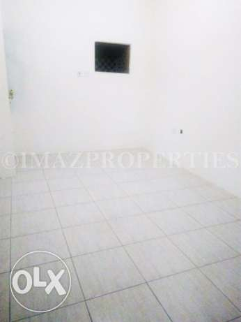 Unfurnished Flat with 2BHK For Rent المنتزه -  3