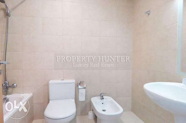 Furnished 2 Bed in Famous Zig Zag Towers الخليج الغربي -  8