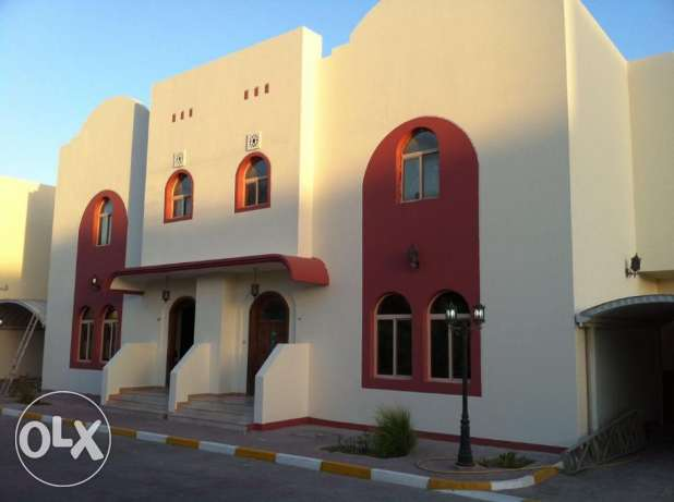 Luxury villas along C-Ring Road Hilal