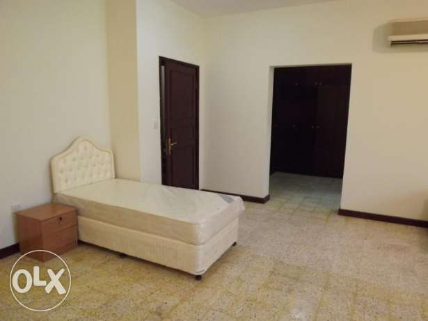 Neat and clean fully furnished rooms avaliable at hila area