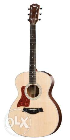 Taylor 214ce - Natural Grand Auditorium - w/ Case & Great Condition مطار الدوحة -  2