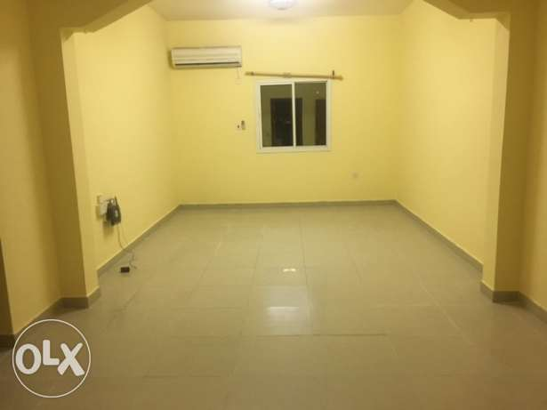 spacious 2 Bedroom Apartment at Mathar Khadeem Near Lulu Hyper market