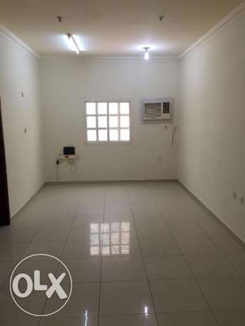 OCCUPY 02 bhk flat Family/ ex. Bachelors - OldAirport 6000/-