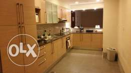 Spacious Ensuite Room Available in Fully Furnished West Bay Apartment