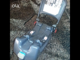 REDUCED! Britax isofix base for infant car seat